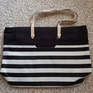 NWT Stella & Dot Hudson Tote - Black & Cream